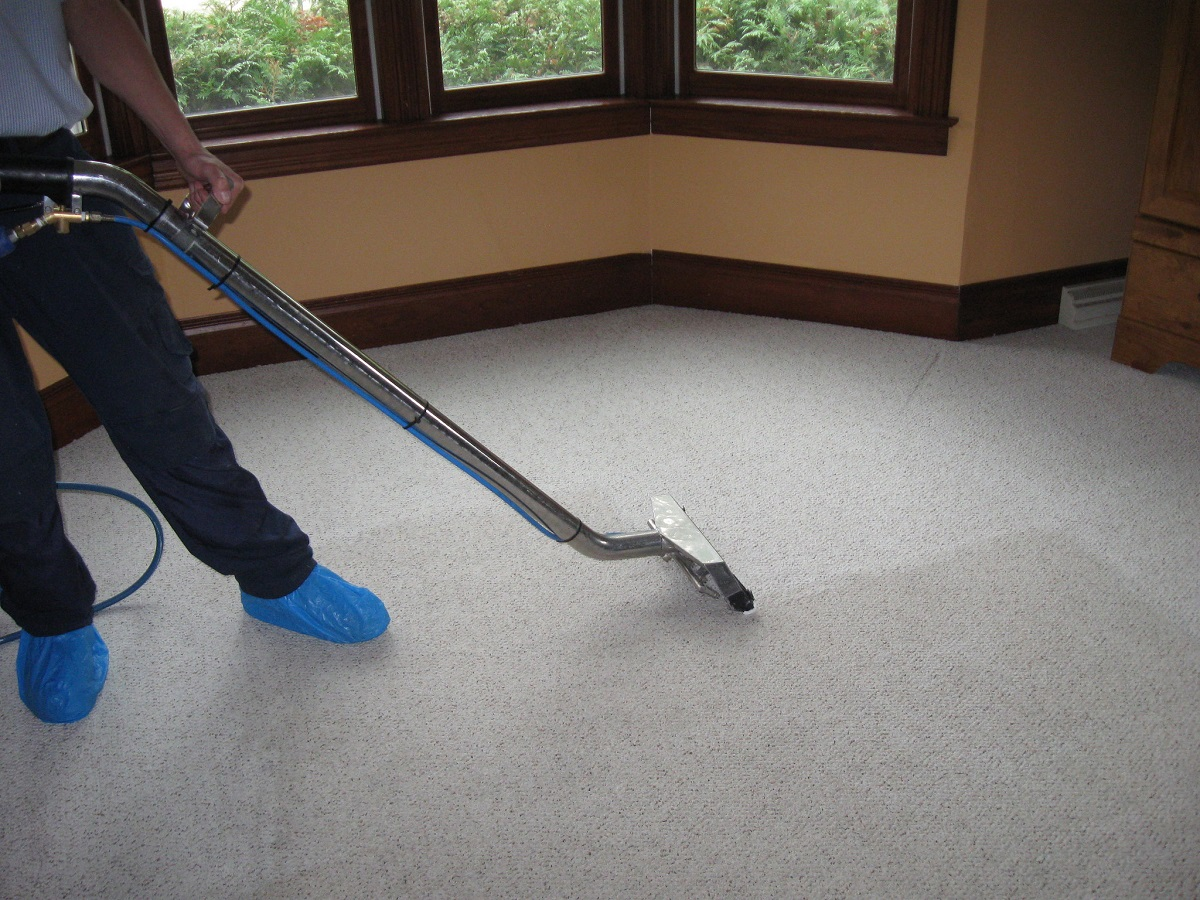 carpet cleaning bedroom